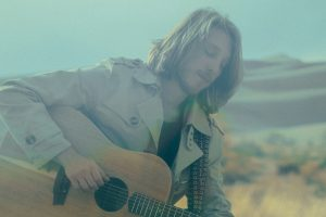 """GRAYSON ERHARD Releases Official Music Video for """"Introvert"""" Off of 'Earthship' EP"""
